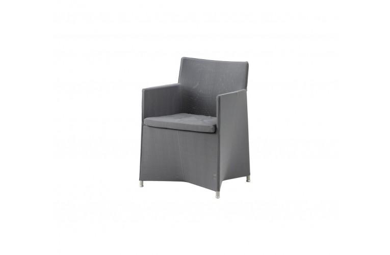 Обеденное кресло Diamond